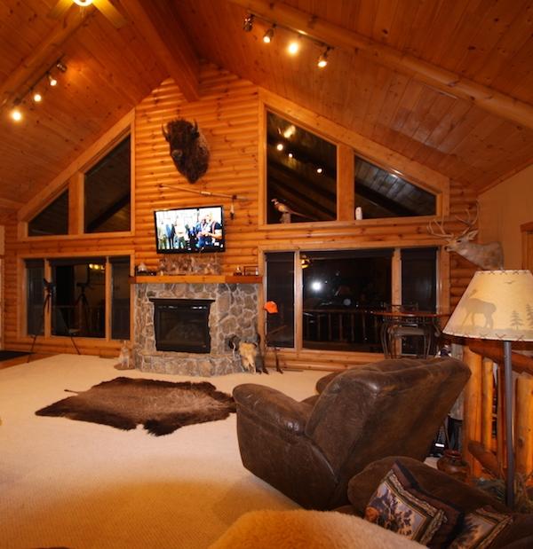 South Dakota Huge Hunting Lodge
