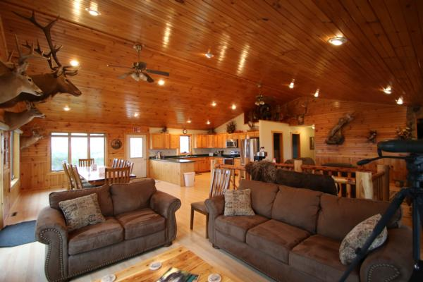 Private Hunting Lodge in South Dakota | First Class Luxury ...
